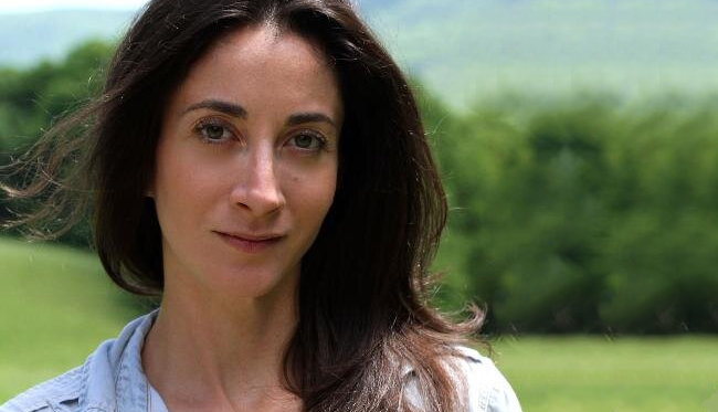 Exclusive Q&A with Lauren Oliver, Author of ROOMS